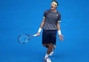 Tennis: Djokovic Crashes Out in Australia